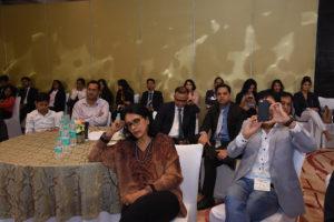 Audience - meditating (2)